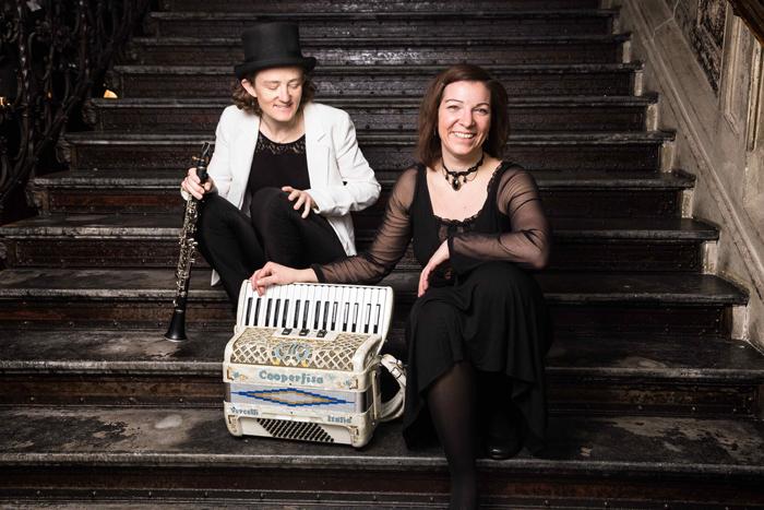 Susi Evans & Szilvia Csaranko